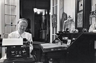 Marianne Moore typing